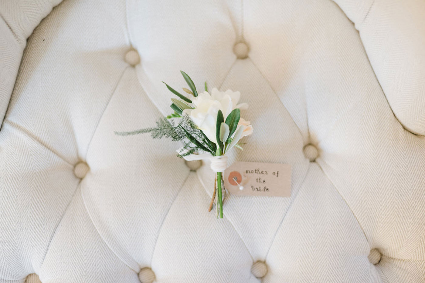 floral inspiration wedding styling