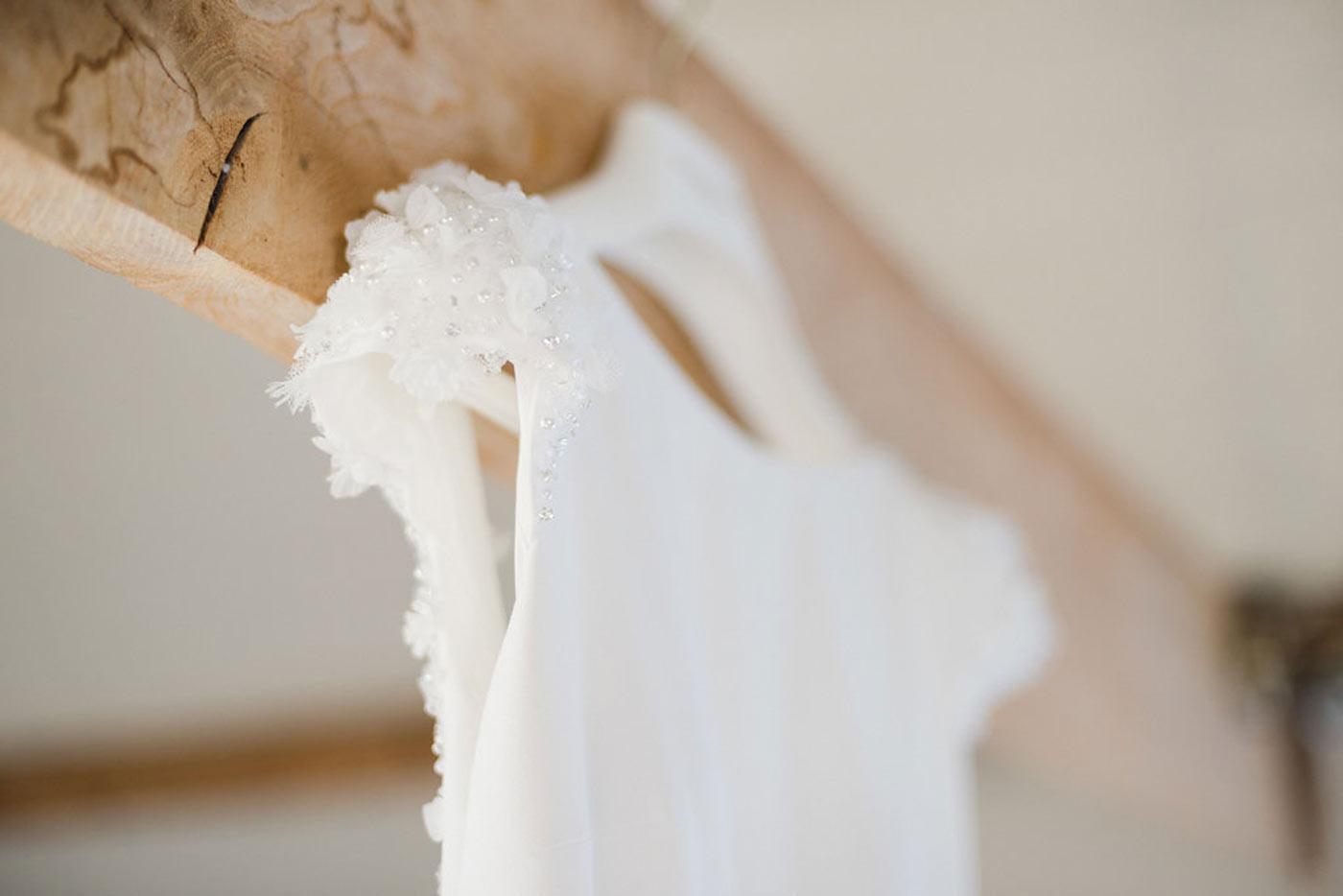 modern bride wedding dress
